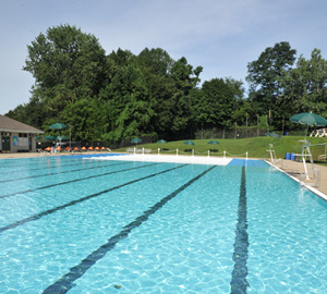 Lake Isle Country Club pool